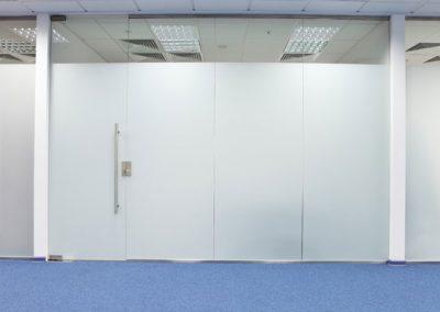 דלת משרד מדבקת דמוי התזת חול